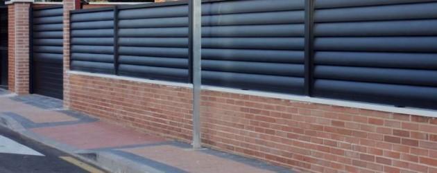 Alumipractic vallas cancelas puertas y vallado mallorca - Vallas para parcelas ...